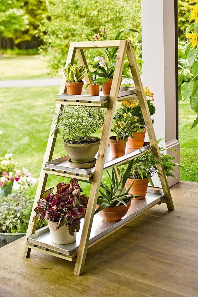 36 diy plant stand ideas for indoor and outdoor decoration. Black Bedroom Furniture Sets. Home Design Ideas