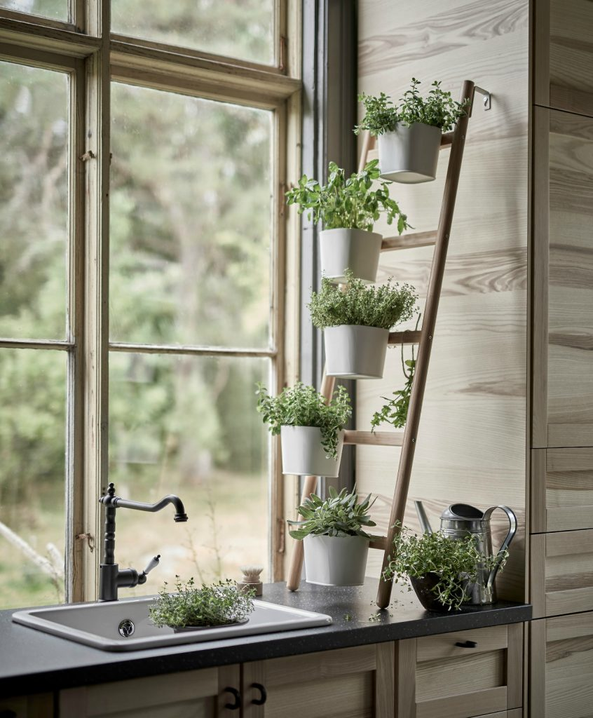 Kitchen Window Plant Shelf: 36+ DIY Plant Stand Ideas For Indoor And Outdoor Decoration