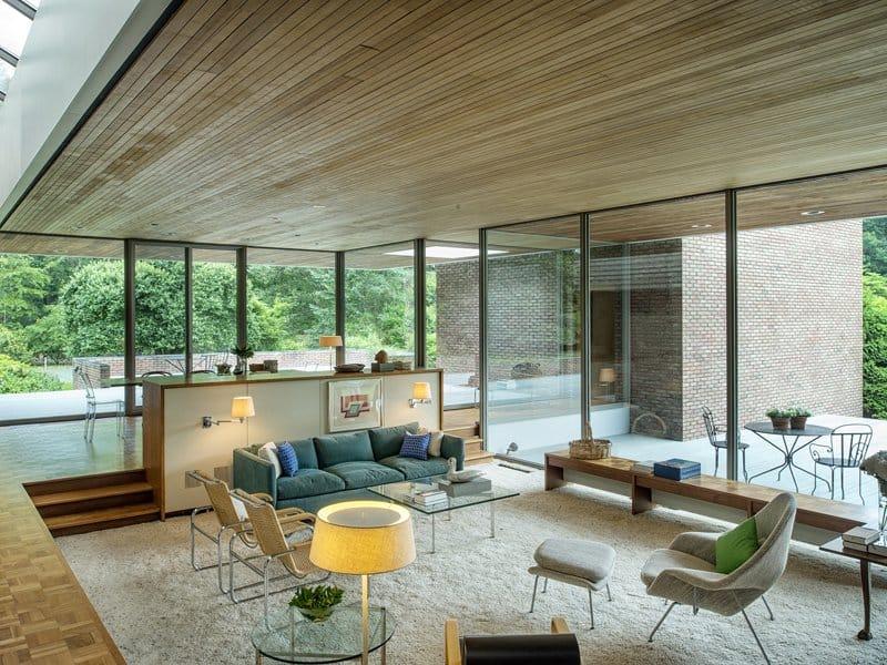 Seasonal Living Room Design