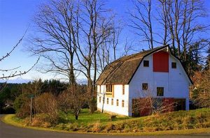 barns into homes