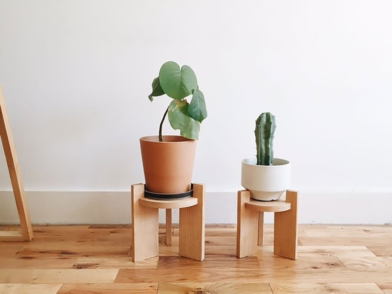 Little Oak Plant Stand