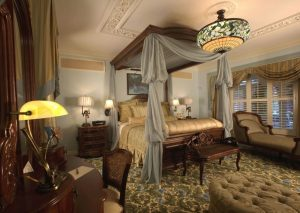 steampunk room decor