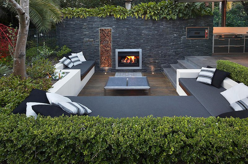 A Sunken Space Works Well Inside Your Home And Outdoors Modern Eclectic