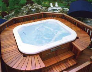 Awesome Outdoor Jacuzzi With Decking
