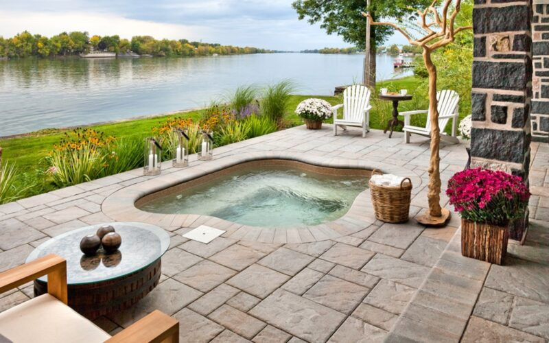 Outdoor Jacuzzi Ideas and Inspiration for Your Home Goals