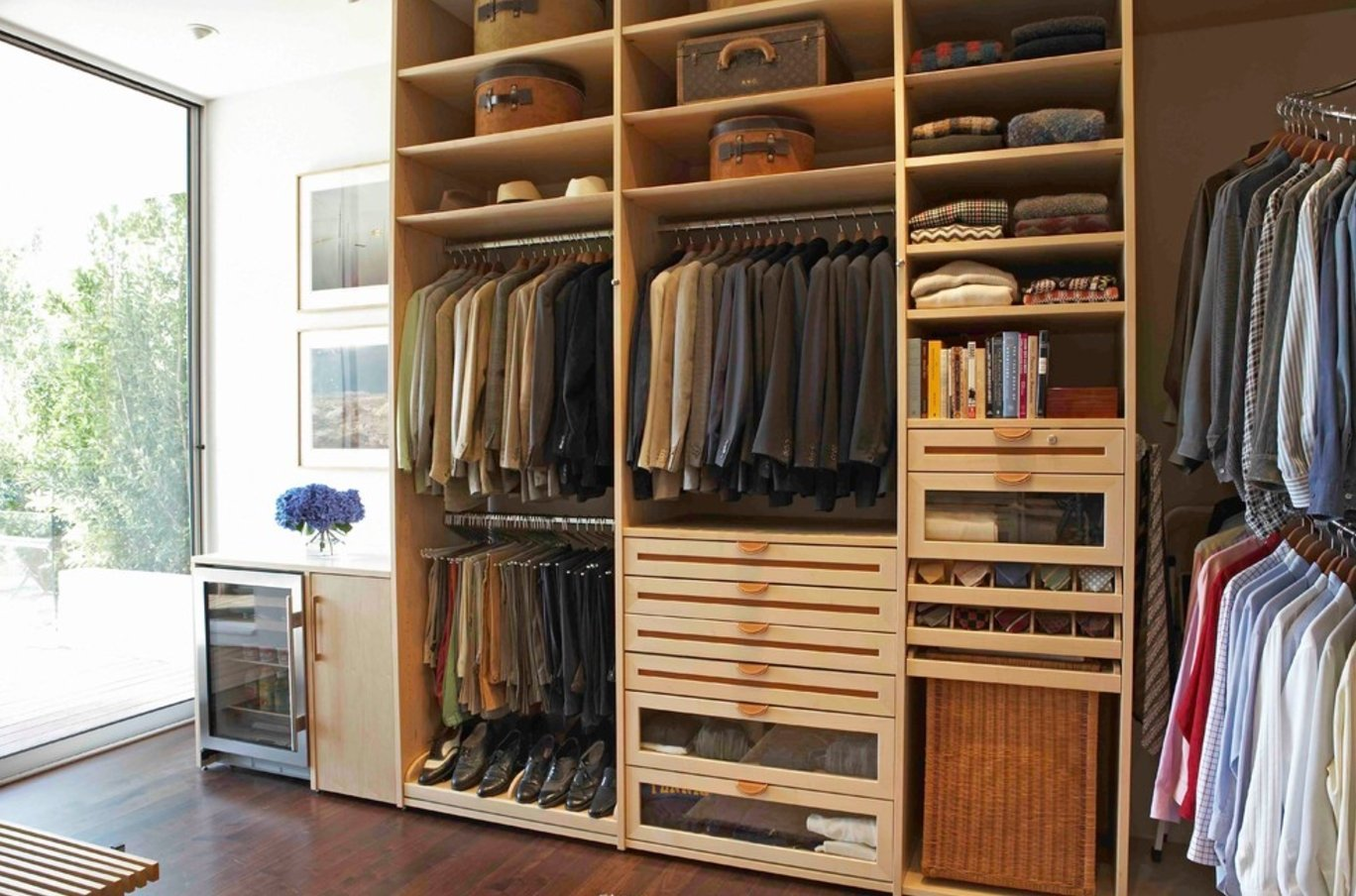 Closet Style The Difference Between Walk In Reach Armoires