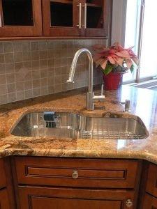 Corner Kitchen Sink Image with flower