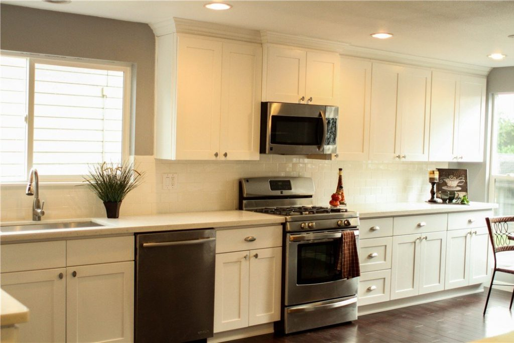 2. Kitchen With One Wall White Shaker Cabinets U0026 Grey Marble Backsplash