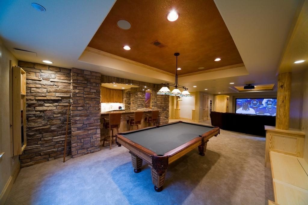 Recreational Room With Pool Table. Basement Rec Room Ideas