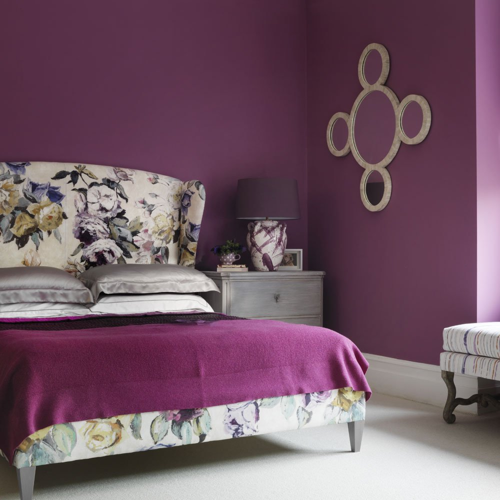 Add Beautiful Purple Flower Accent Bedroom Design