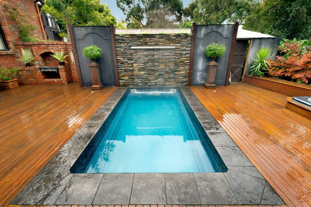 35 luxury swimming pool designs to revitalize your eyes - Luxury above ground pools ...