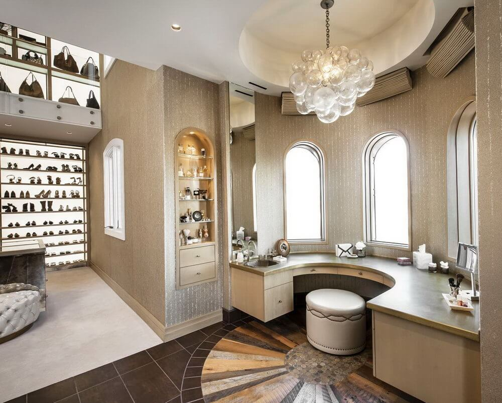 Luxury Walk In Closet Design Decoration