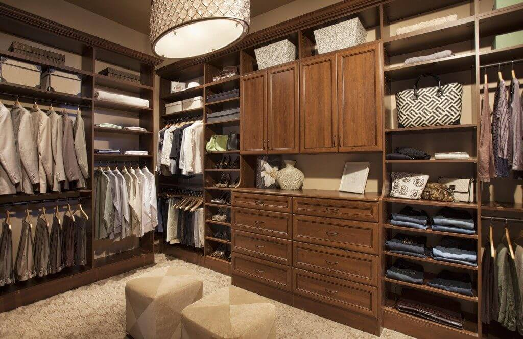 28 Beautiful Walk In Closet Storage Ideas And Designs