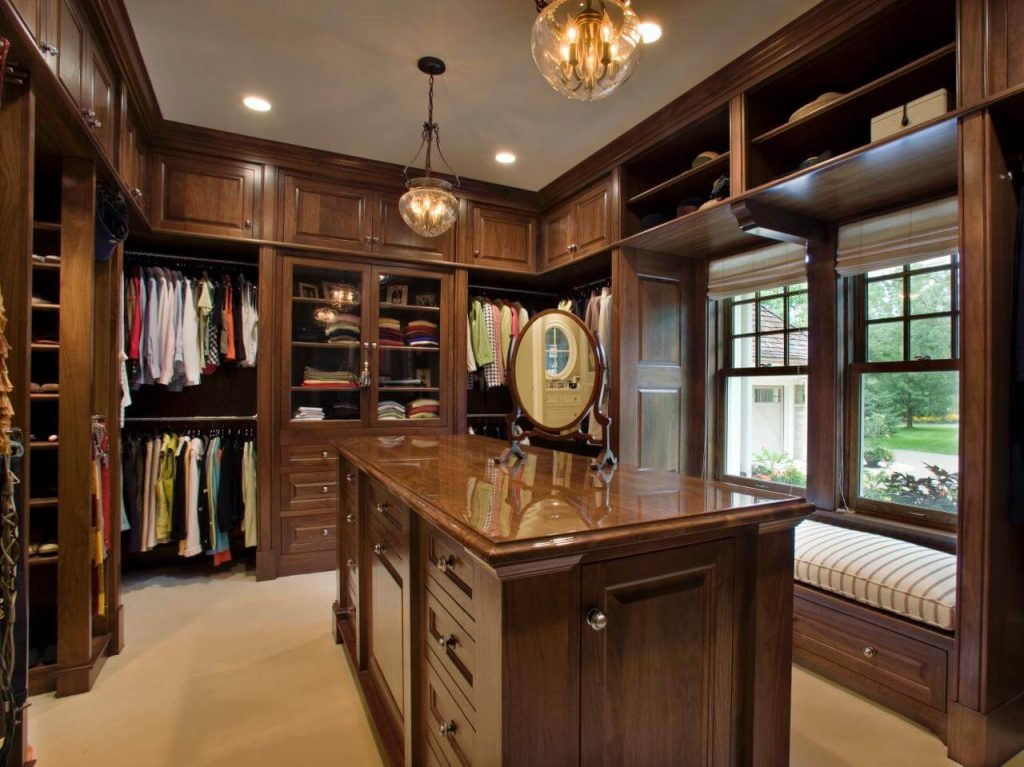 Genial Wooden Walk In Closet Ideas With Dressing Island