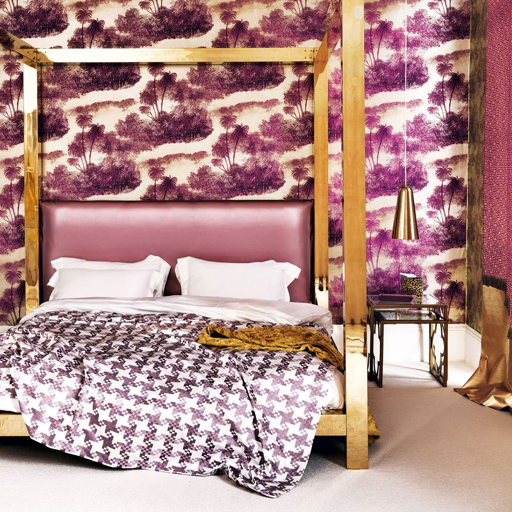 purple bedroom design with pattern