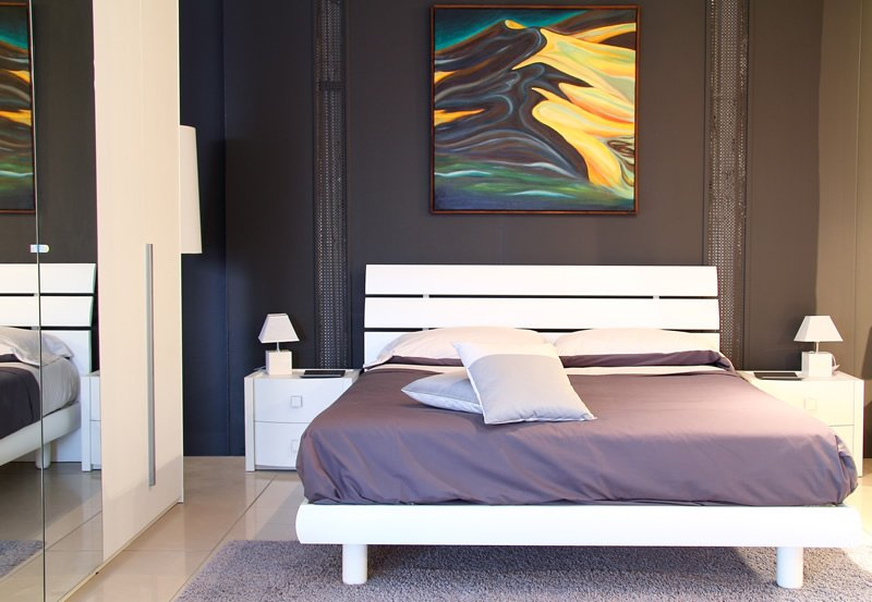 Purple And Black Tiny Bedroom Design