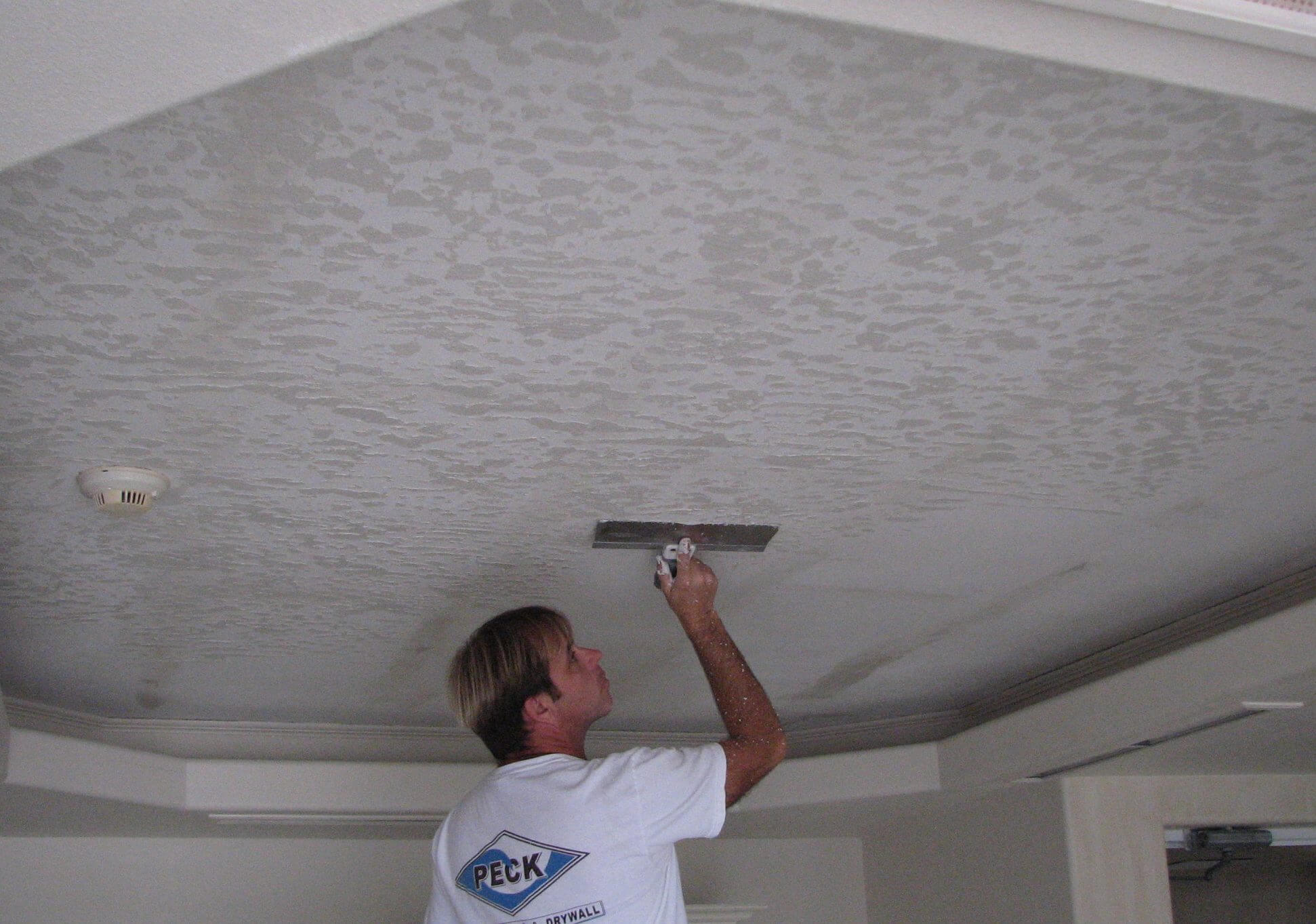 Ceiling texture types how to choose drywall finish for for Best paint finish for bathroom ceiling