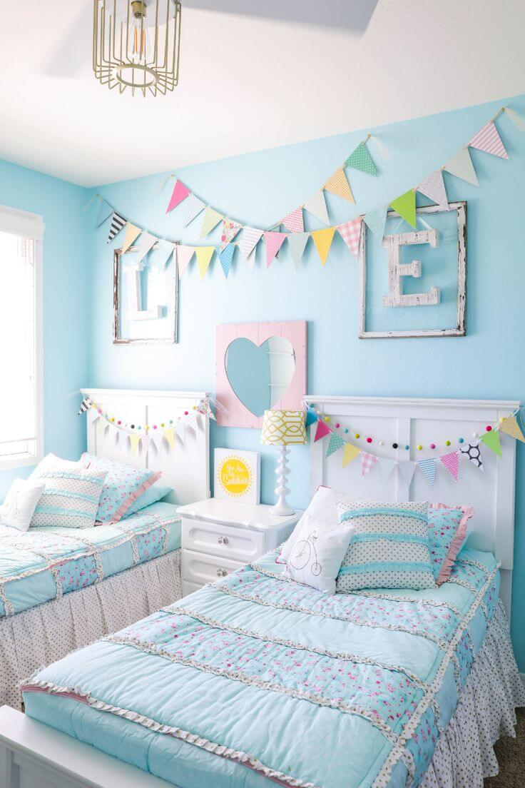 Modern turquoise bedroom ideas