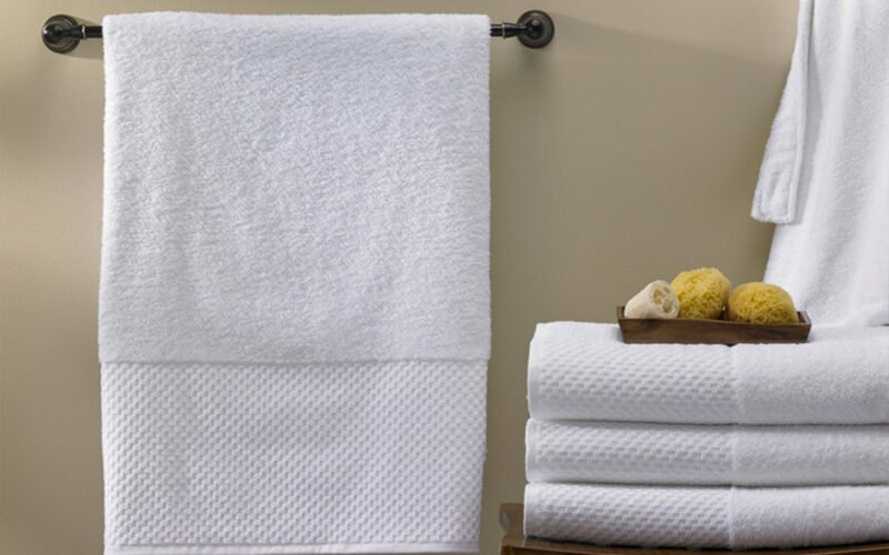 Bath Towel VS Bath Sheet: Choosing The Best Option for Your Life Style