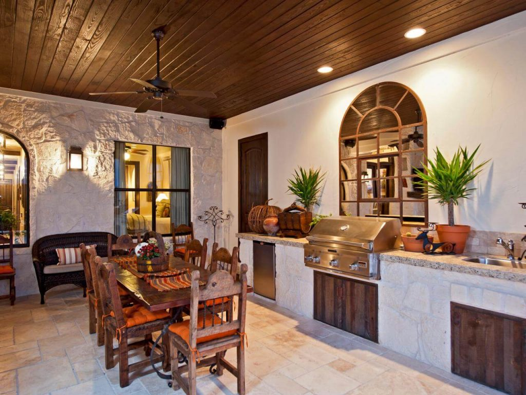 31 modern and traditional spanish style kitchen designs for Spanish style outdoor kitchen