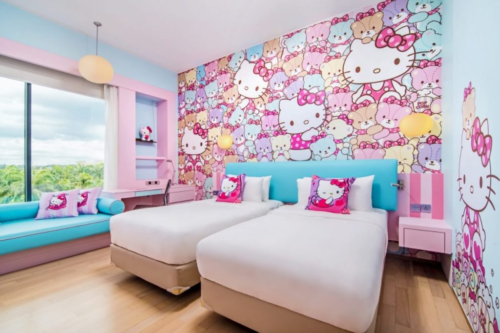 Hello Kitty Bedroom Decoration With Wall Accents