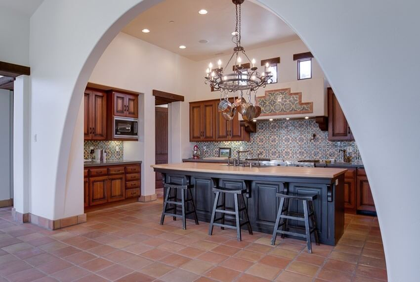 31 modern and traditional spanish style kitchen designs for Spanish style floor tiles