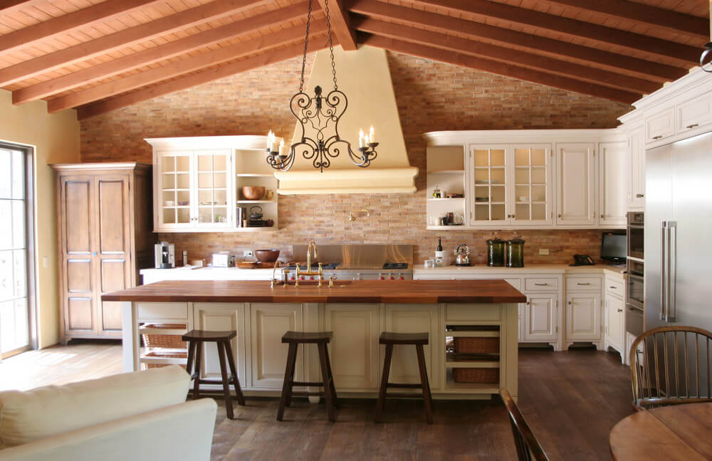 Spanish kitchen design for Spanish mediterranean decor