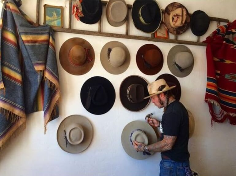 Hat Stand Designs : Easy and simple diy hat rack ideas for your sweet home
