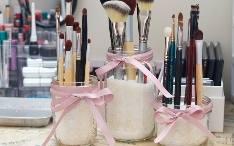 25 DIY Make Up Storage Ideas That Will Save Your Time