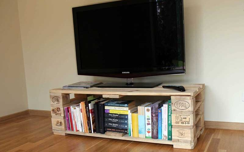 21 DIY TV Stand Ideas for Your Next Home Project