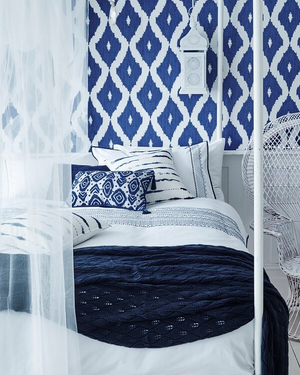 18 magical moroccan interior design that will leave you for Blue and white bedroom wallpaper
