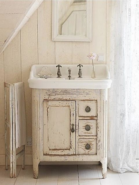 33 Best Picks Of Rustic Bathroom Vanities