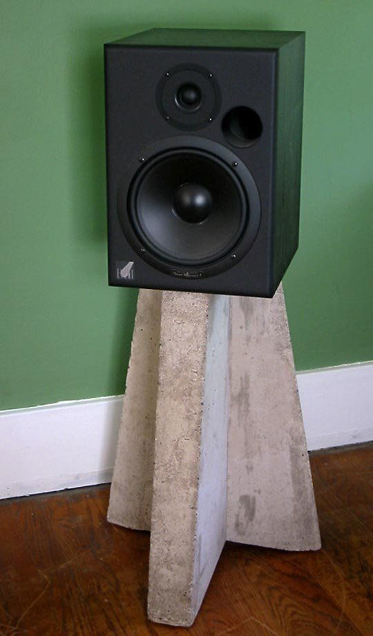 26 Creative Diy Speaker Stand Ideas (Easy To Make) - Concrete Diy Speaker Stand