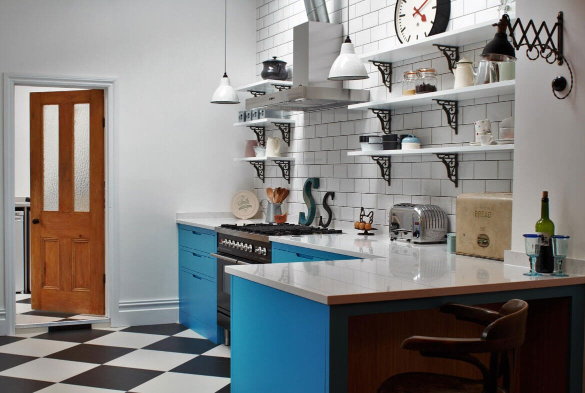 midnight blue kitchen cabinets