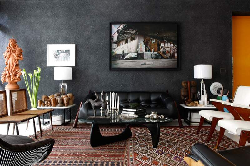 How To Use Black Wallpaper For A Dramatic Statement Of Your Home