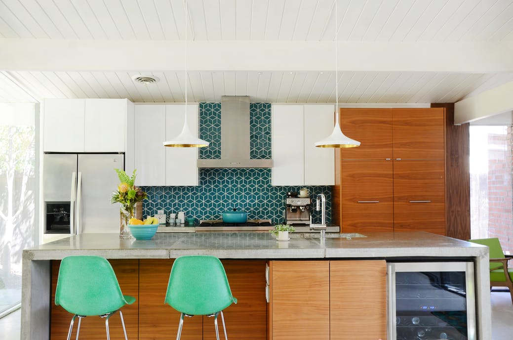 mid century modern kitchen backsplash