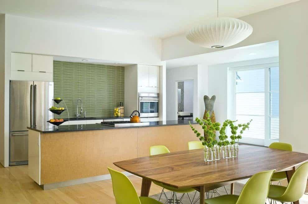 Nature Accent Kitchen Backsplash
