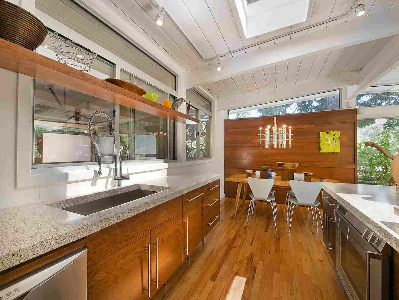 28 Best Mid Century Modern Kitchen Designs & Ideas