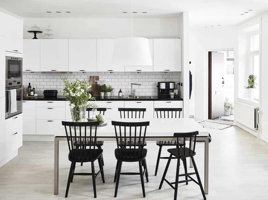 Amazing 25 Super Sleek Scandinavian Kitchen Design Inspirations Short Links Chair Design For Home Short Linksinfo