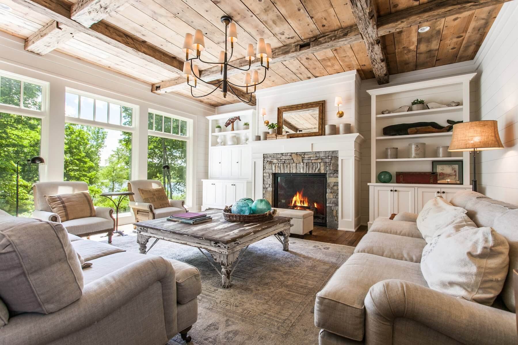 Stupendous 23 Farmhouse Living Room Ideas To Try In 2019 Don Pedro Home Remodeling Inspirations Genioncuboardxyz