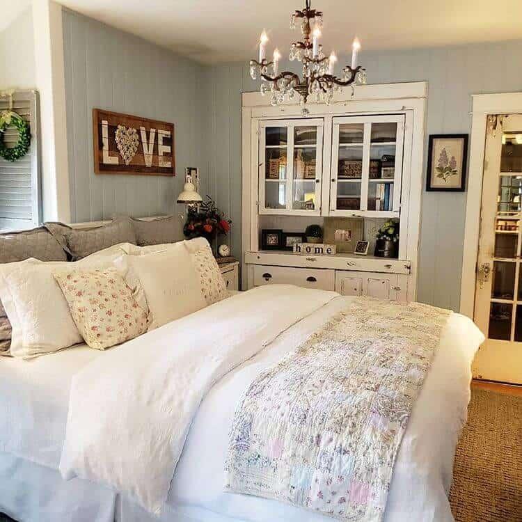 farmhouse bedroom paint colors