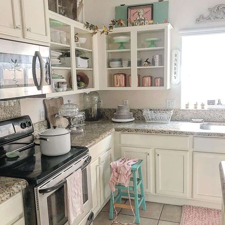 19 Shabby Chic Kitchen Ideas for Your Sweet Cooking Area