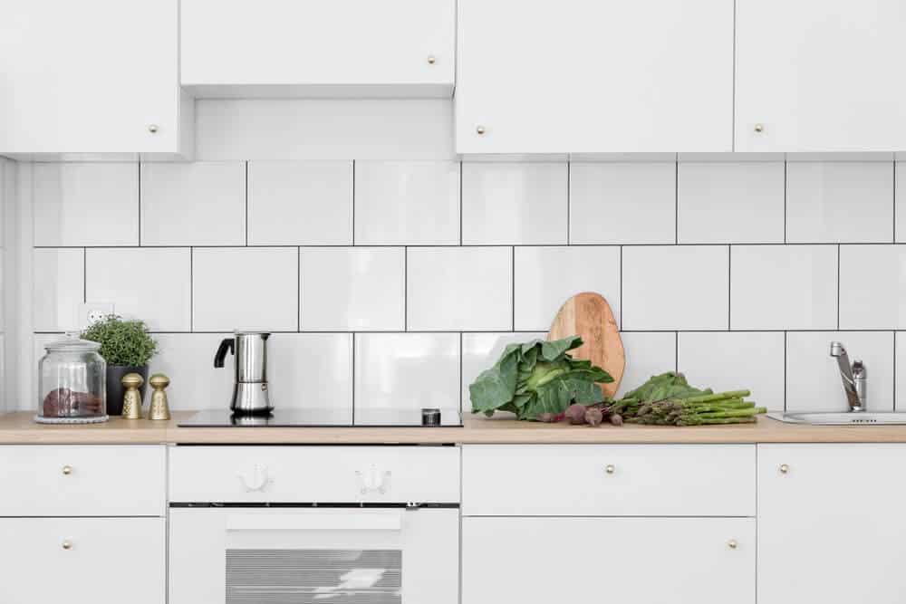 subway tiles kitchen backsplash