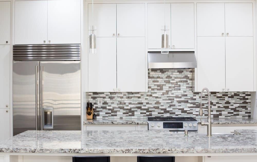 Stacked Tiles Kitchen Backsplash