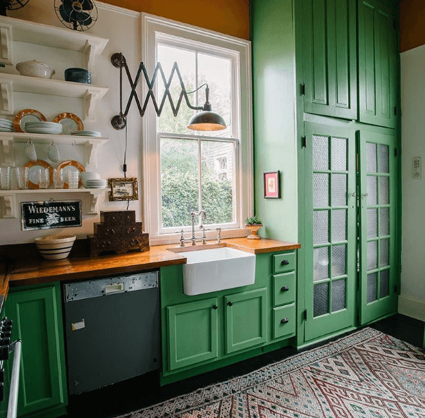 26 Gorgeous Green Kitchen Cabinet Ideas To Try In 2021 - Kitchen Design And Layout Ideas With Green Kitchen Cabinet 13