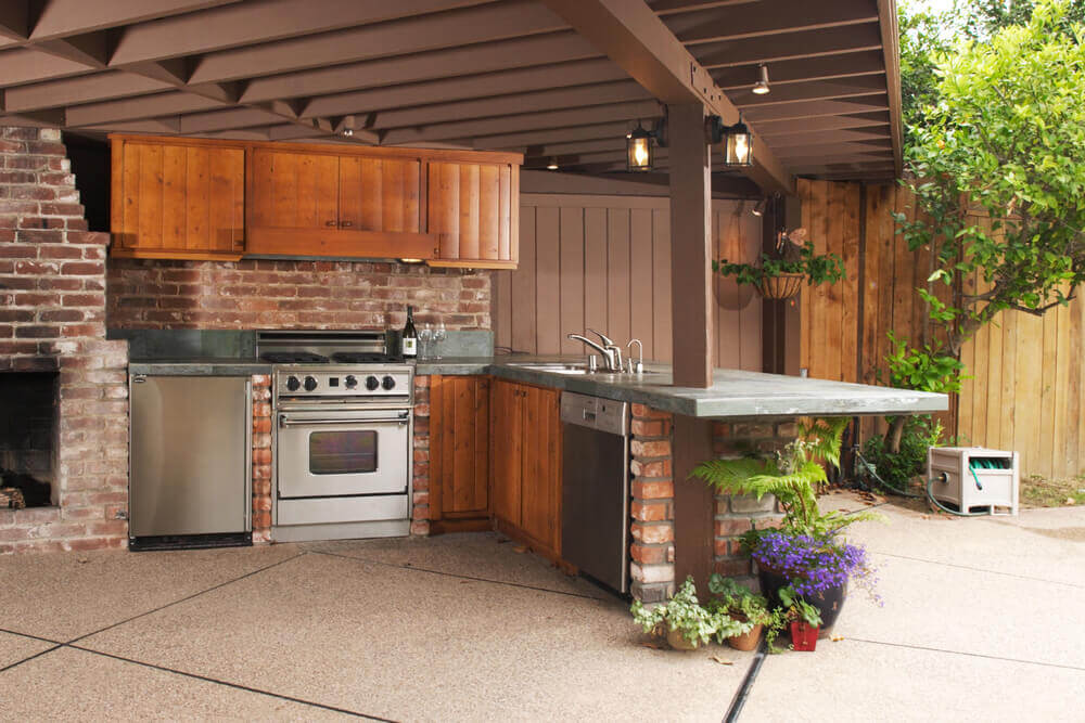 outdoor kitchen designs for small spaces