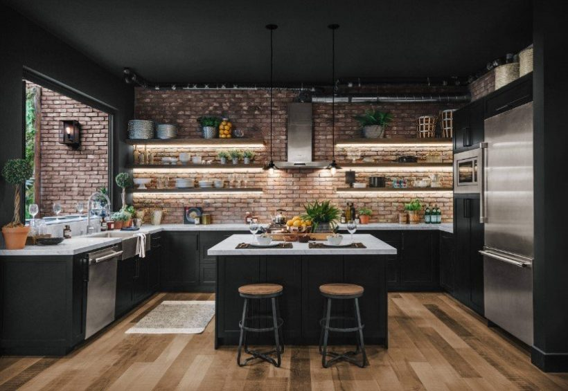 29 Beautiful Black Kitchen Cabinet Ideas To Try In 2021 - Black Kitchen Cabinet With Open Shelving