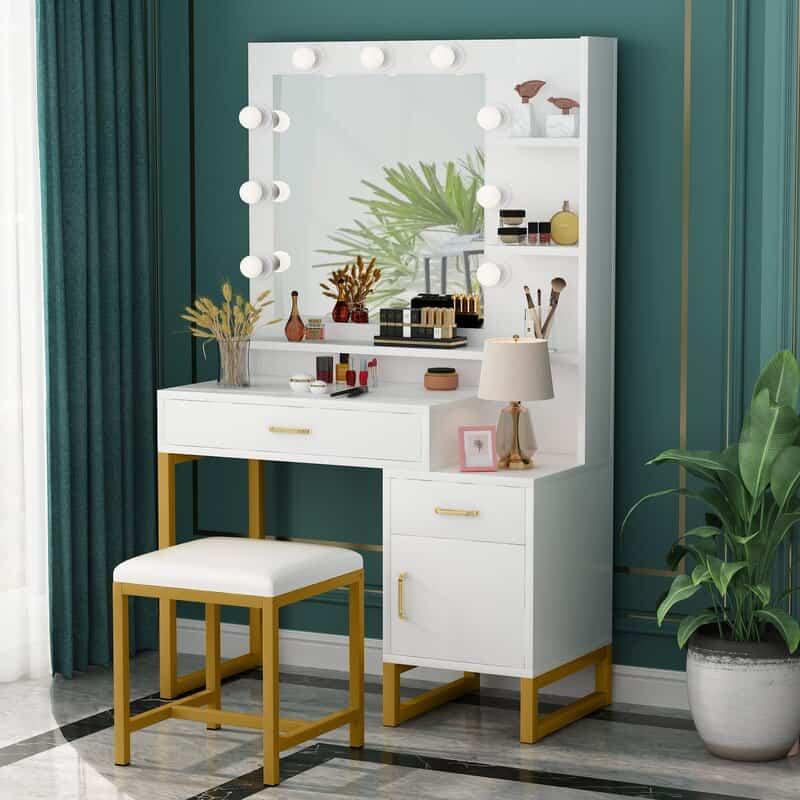 Build A Vanity Room