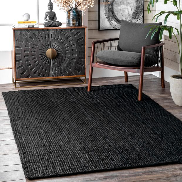 Go Bold and Daring with a Black Rug