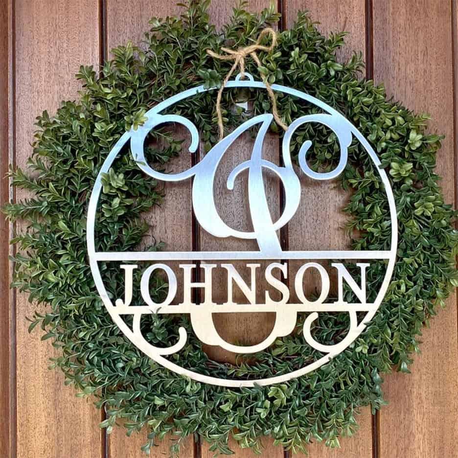 Hang Up a Signature Monogrammed Wreath
